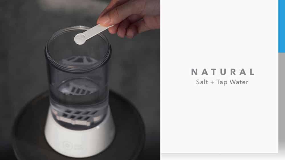 MOMAX Clean-Jug Homemade Disinfectant Machine Natural Salt + Tap Water